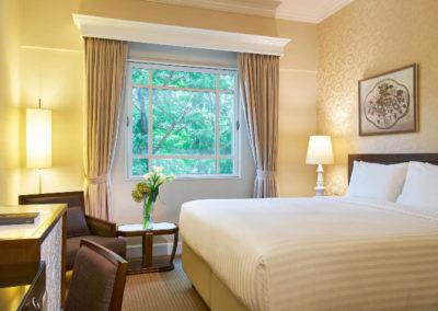 Rendezvous-Hotel-Singapore_Superior-Room_755x475