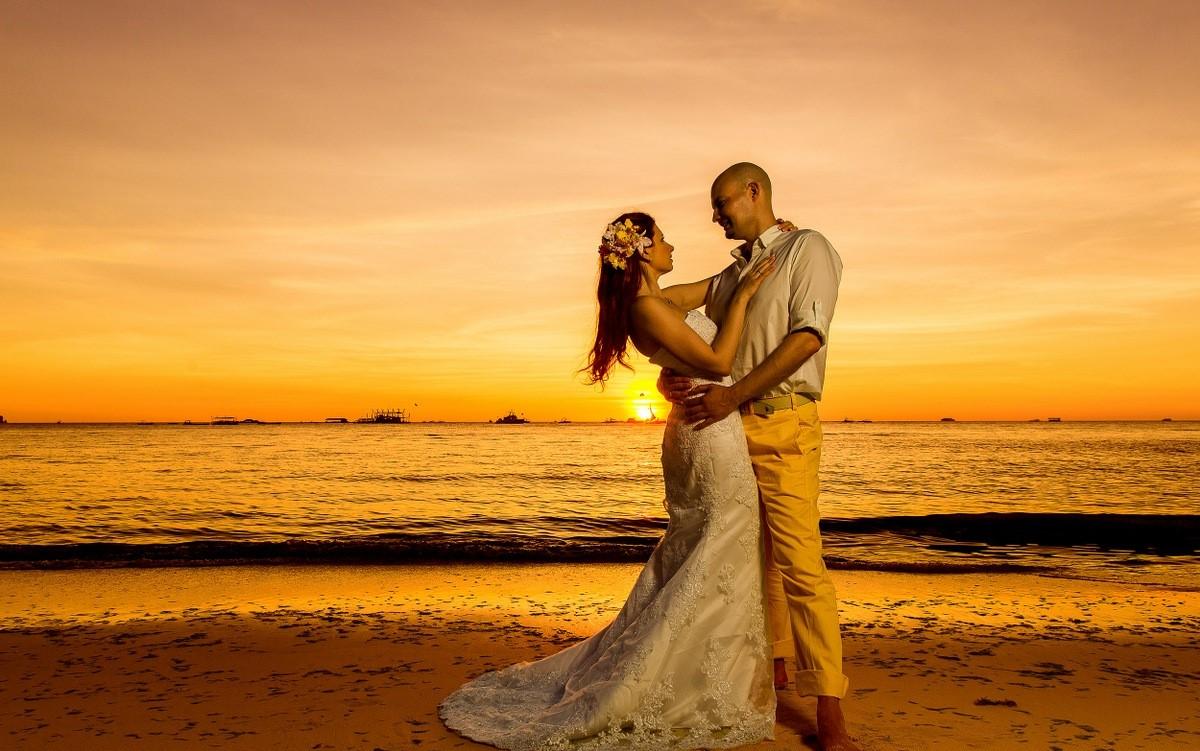 HIDDEN BEACH 4