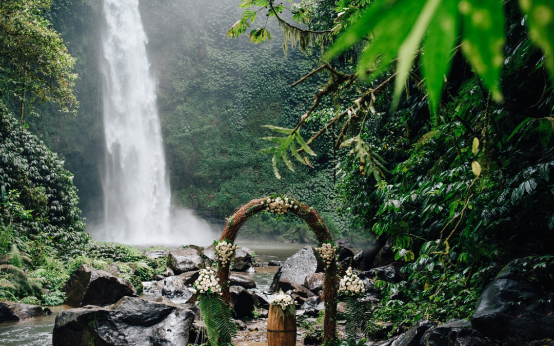 BALI – WATERFALL WEDDING