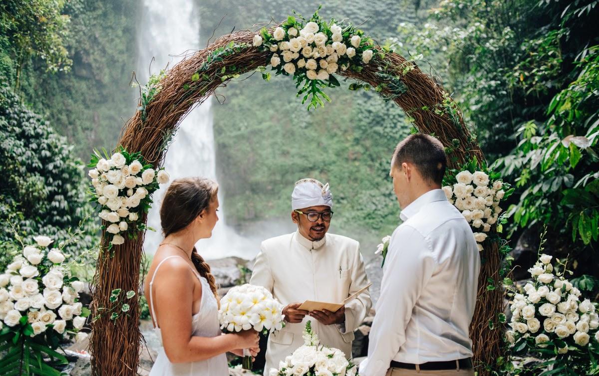WATERFALL WEDDING 2