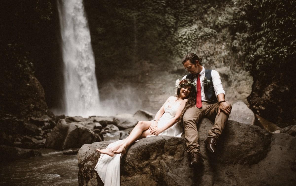 WATERFALL WEDDING 3