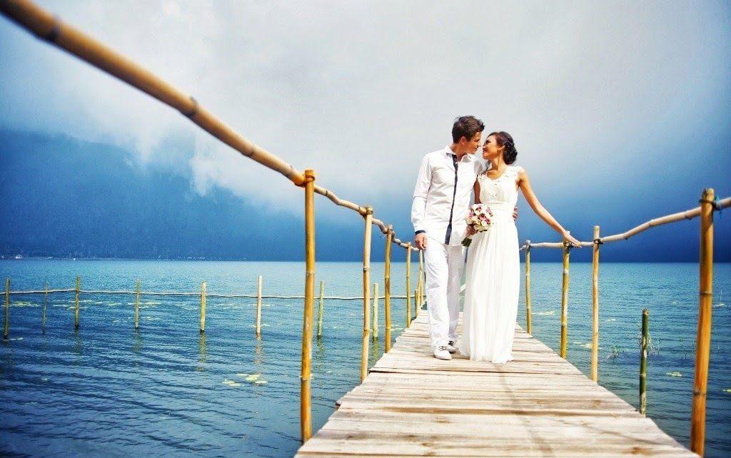 BALI – EXCLUSIVE LAKE WEDDING