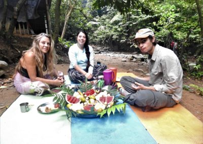 04 Jungle Breakfast
