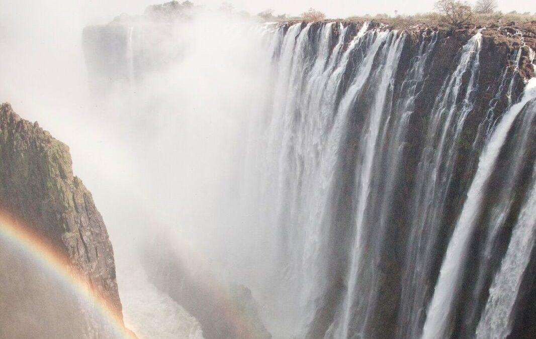 VICTORIA FALLS & ZAMBEZI RIVER