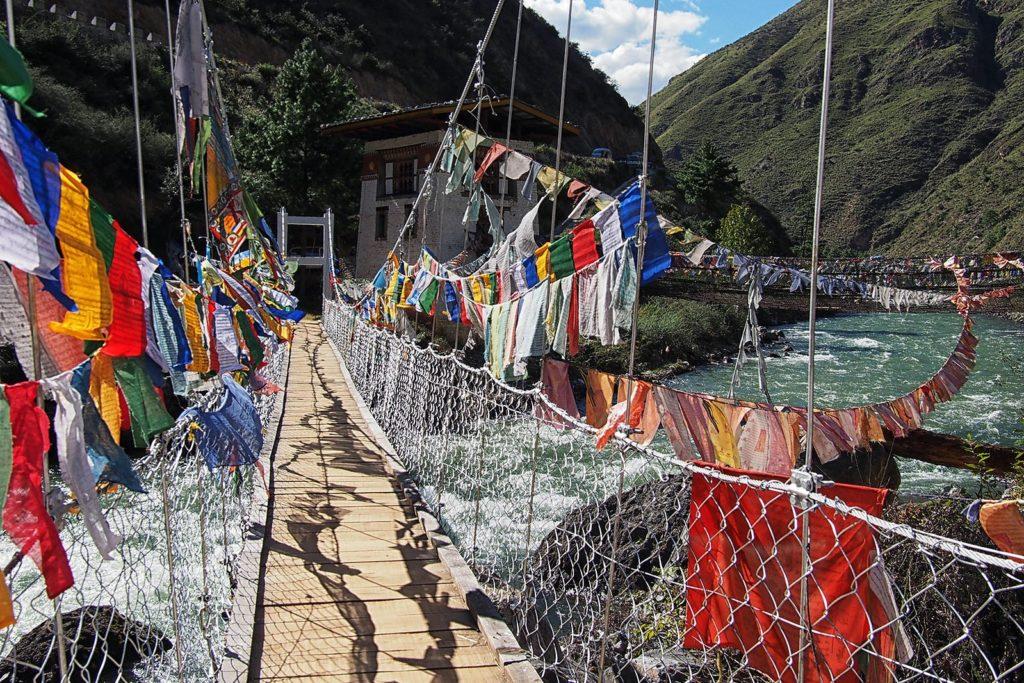 BHUTAN – DRAGON KINGDOM